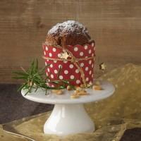 Honigkuchen mit Pinienkernen