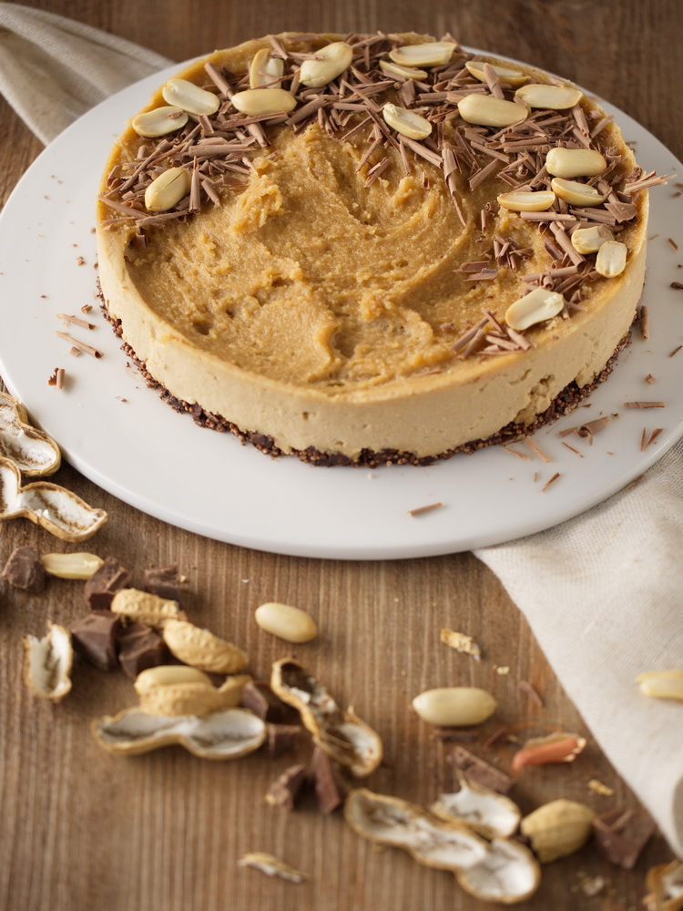 Raw Peanut Cheesecake