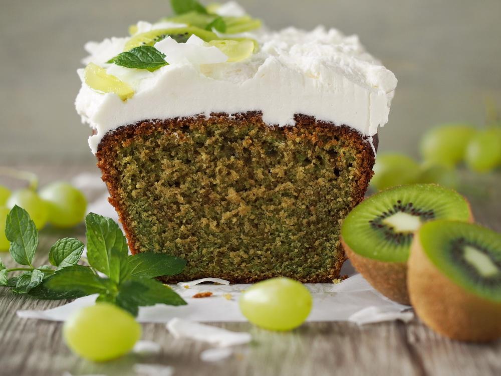 Matcha-Kuchen mit Kokos-Frosting