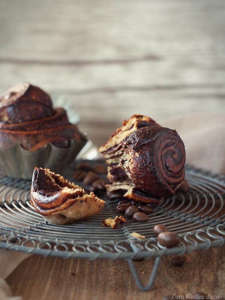 Espresso-Brioche mit Schokolade