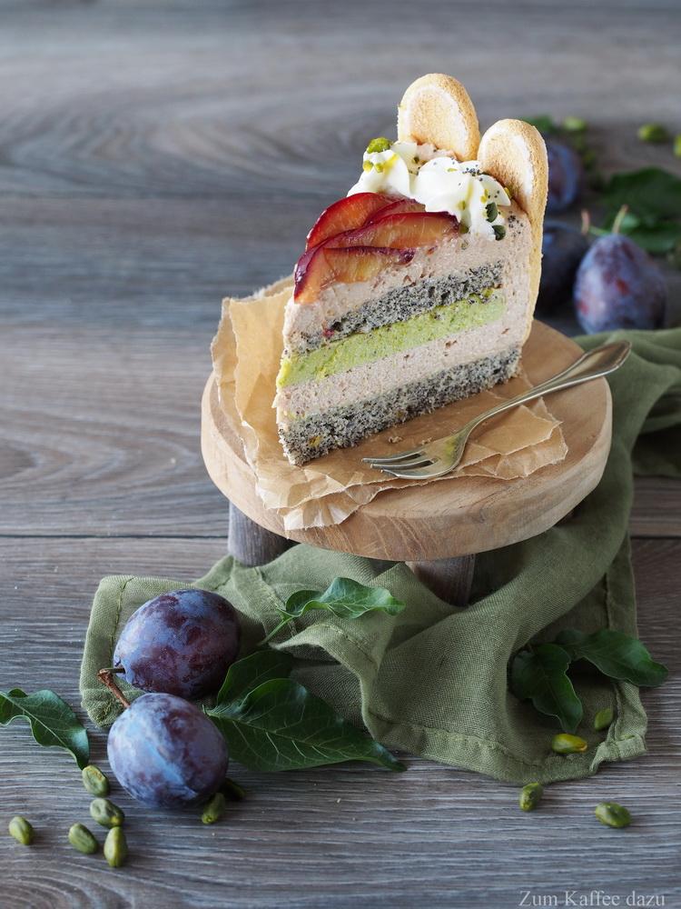 Zwetschgen-Torte mit Pistazie und Mohn