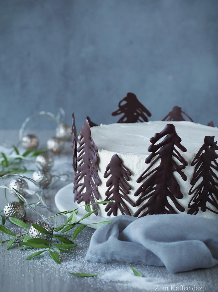 Weiße Torte mit Birne und Vanille