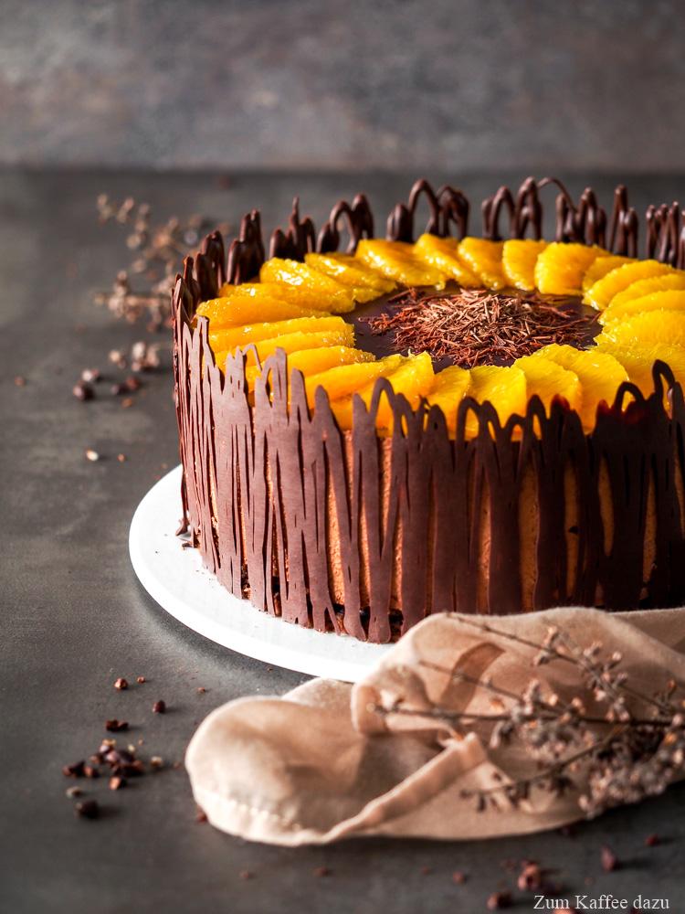 Schokoladentorte mit Orange und Rotwein